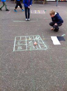 matematikdart i skolegården